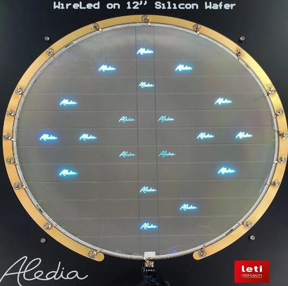 这家公司成功利用12英寸硅晶圆开发Micro LED