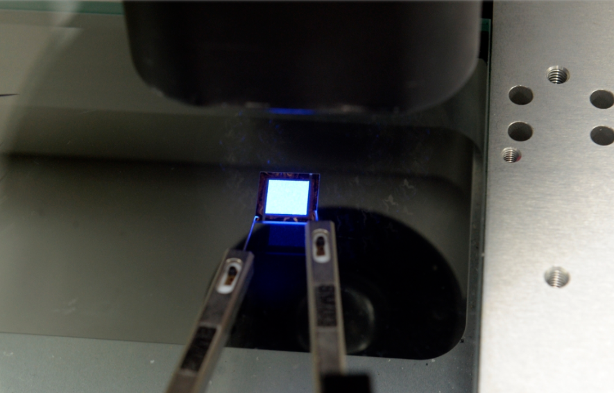 韩研究院采用转移键合工艺,可实现MicroLED制造时间与成本降低90%!  第1张