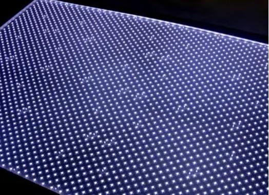 鸿海旗下公司业成--扩大MiniLED背光模组产能